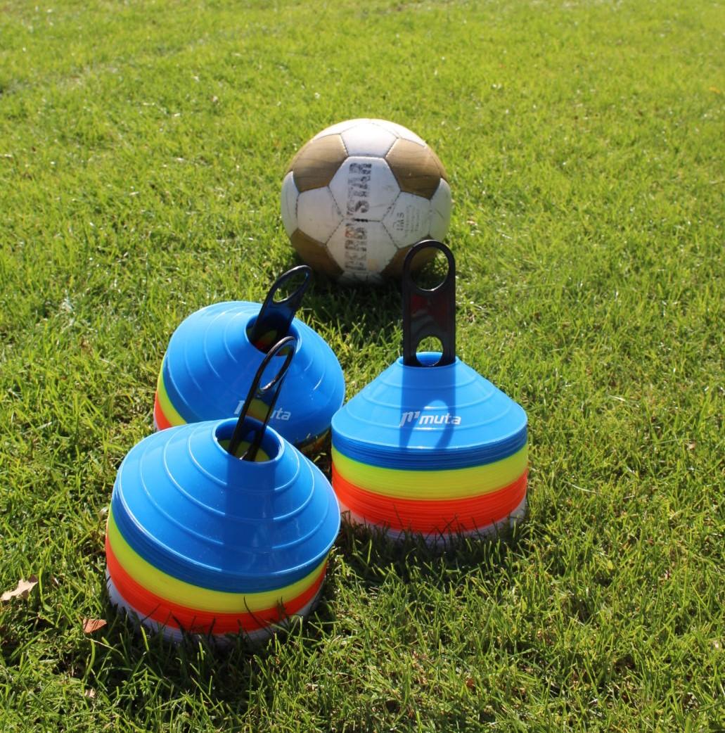 Dorpencompetitie en nieuwjaarsmixtoernooi vervallen, wel voetbalactiviteiten in de zaal