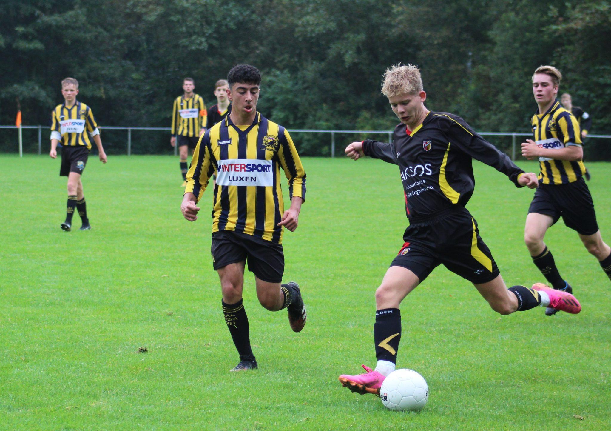 Wedstrijd JO17-1 tegen Lac Frisia in beeld
